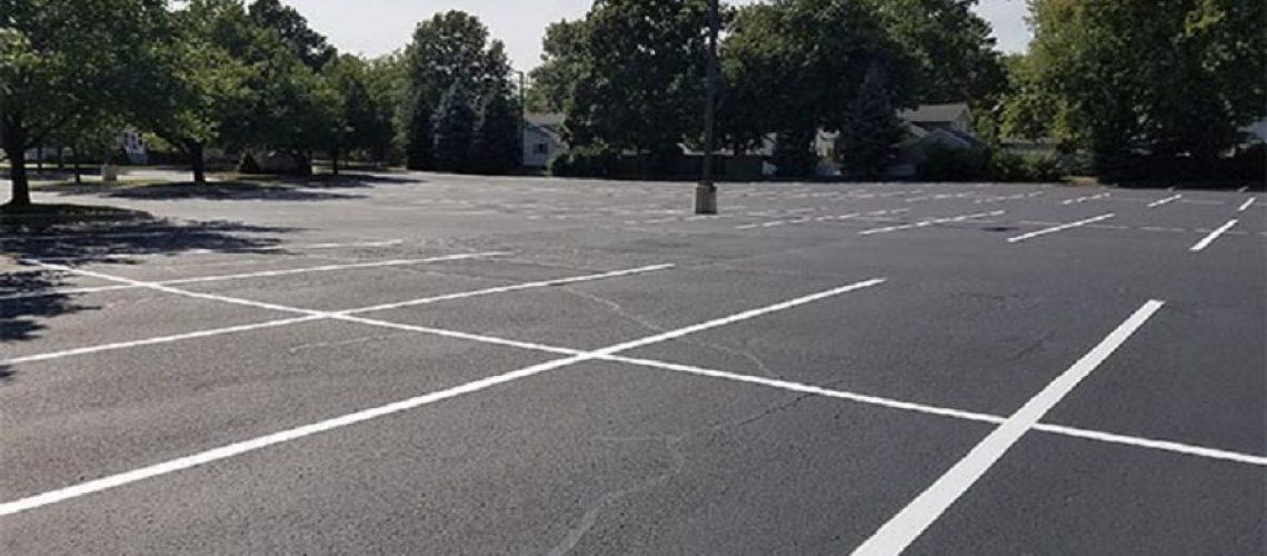 power-washing-parking-lot